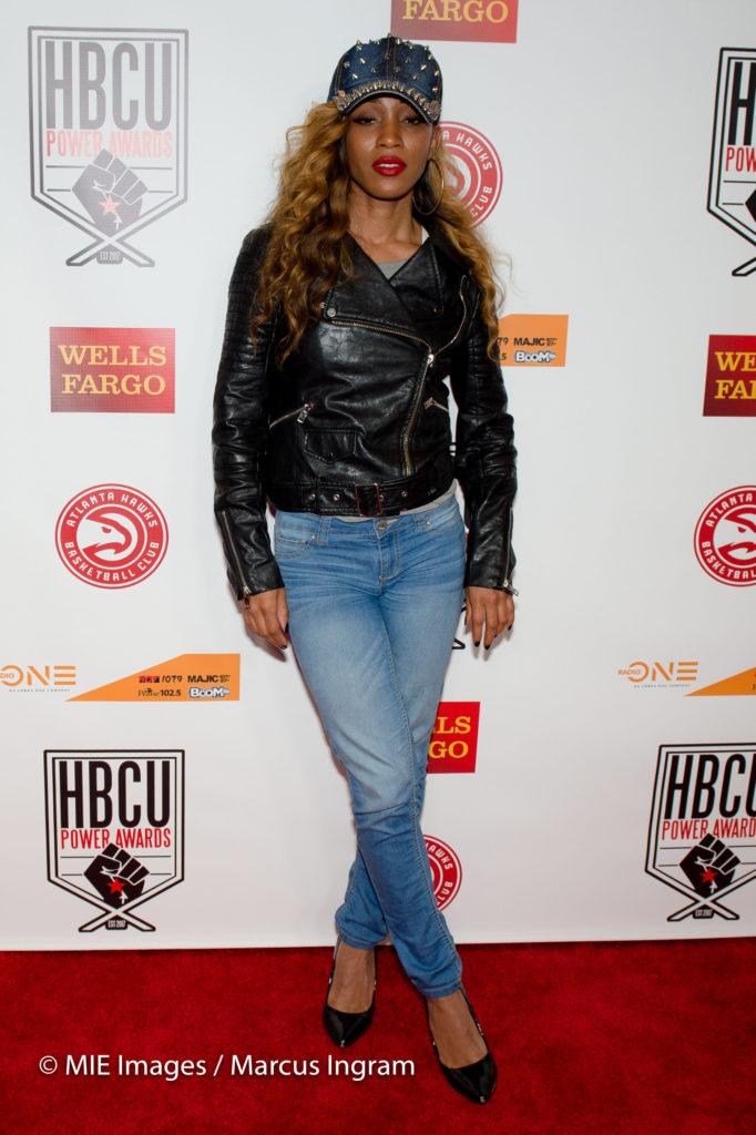 singer Dondria Nicole